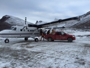 Offloading the first chartered flight for supplies in Grise Fiord.